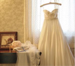 結婚式が決まり、好みのウエディングドレスが見つかったときに、フィッティングでなかなかサイズが合わずに苦労した人は少なくないのではないでしょうか。