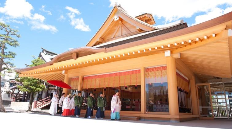 神明神社 神楽殿