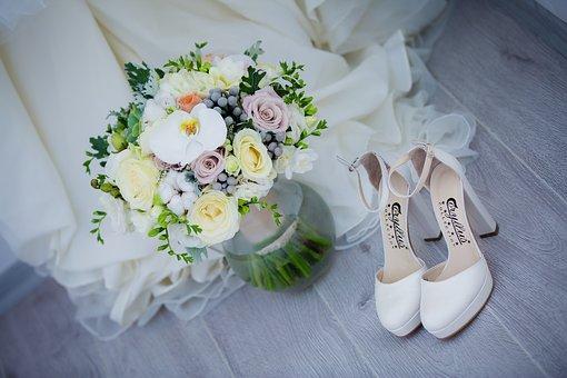 結婚式の準備に向けてのイメージ写真