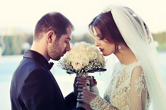30代花嫁が結婚式準備で直面する悩み